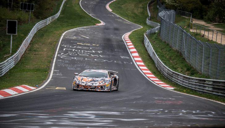 Lamborghini Aventador SVJ, record al Nurburgring: è la più veloce di sempre - Foto 10 di 11