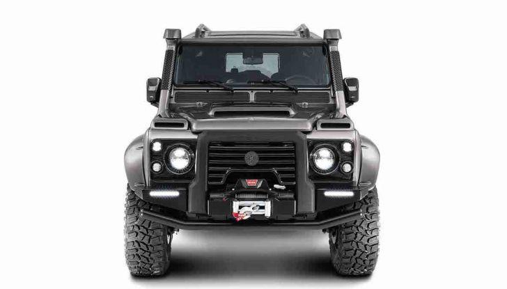 Land Rover Defender Ares, il V8 da 212.000 Euro arriva da Modena - Foto 8 di 9