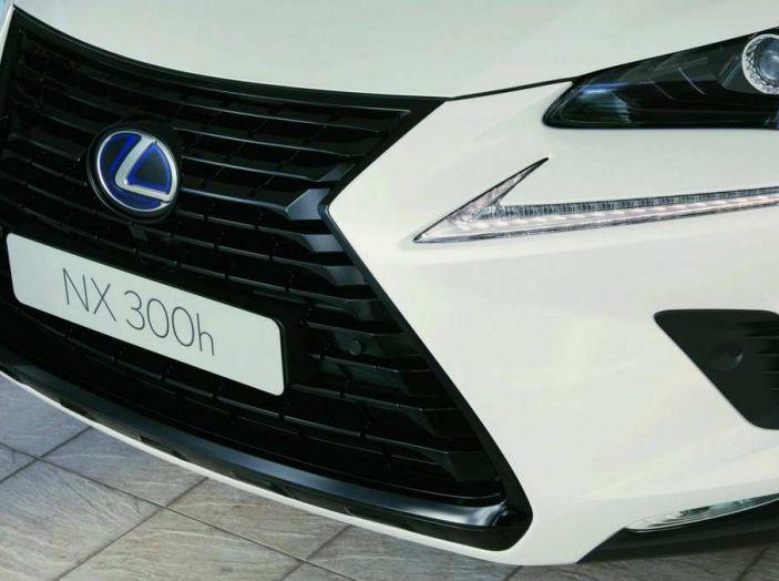 Lexus NX Sport Edition 2018: il nuovo allestimento dove domina il nero - Foto 6 di 10