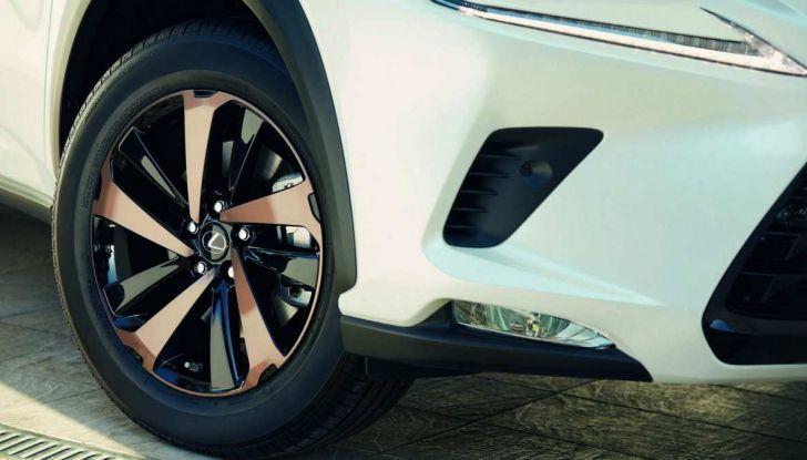 Lexus NX Sport Edition 2018: il nuovo allestimento dove domina il nero - Foto 8 di 10