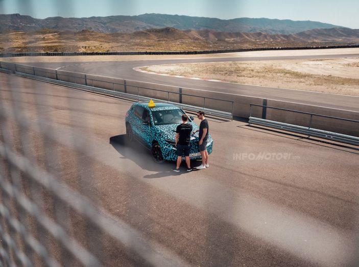 Mercedes-Benz EQC: il SUV elettrico della stella atteso il 4 settembre a Stoccarda - Foto 16 di 43