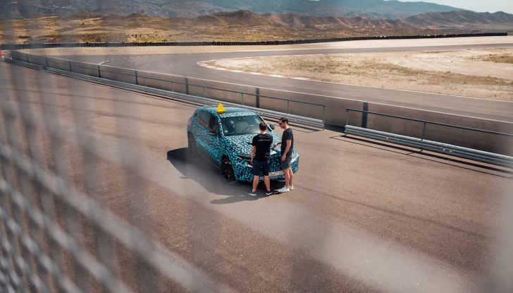 Mercedes-Benz EQC: il SUV elettrico della stella presentato a Stoccolma - Foto 32 di 59