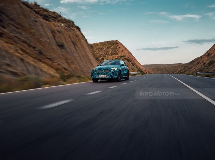 Mercedes-Benz EQC: il SUV elettrico della stella atteso il 4 settembre a Stoccarda - Foto 21 di 43