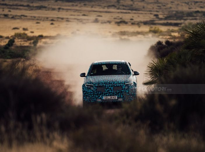 Mercedes-Benz EQC: il SUV elettrico della stella atteso il 4 settembre a Stoccarda - Foto 33 di 43