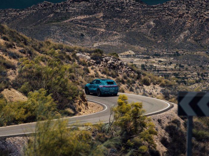 Mercedes-Benz EQC: il SUV elettrico della stella atteso il 4 settembre a Stoccarda - Foto 34 di 43
