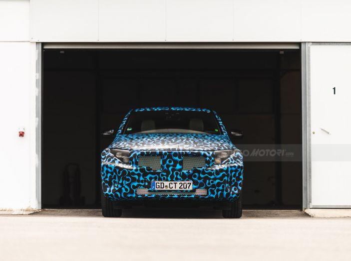 Mercedes-Benz EQC: il SUV elettrico della stella atteso il 4 settembre a Stoccarda - Foto 9 di 43