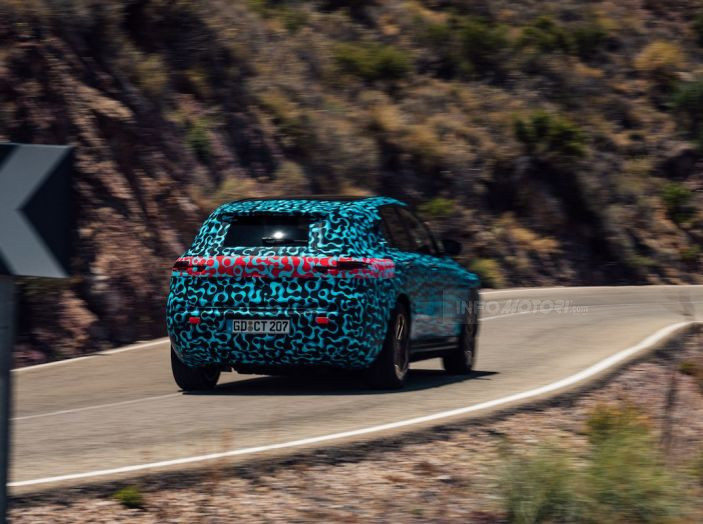 Mercedes-Benz EQC: il SUV elettrico della stella atteso il 4 settembre a Stoccarda - Foto 40 di 43
