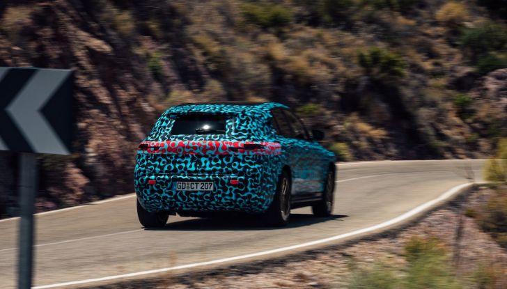 Mercedes EQC, prezzi e allestimenti del SUV elettrico - Foto 56 di 59
