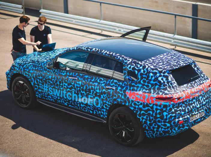 Mercedes-Benz EQC: il SUV elettrico della stella atteso il 4 settembre a Stoccarda - Foto 4 di 43