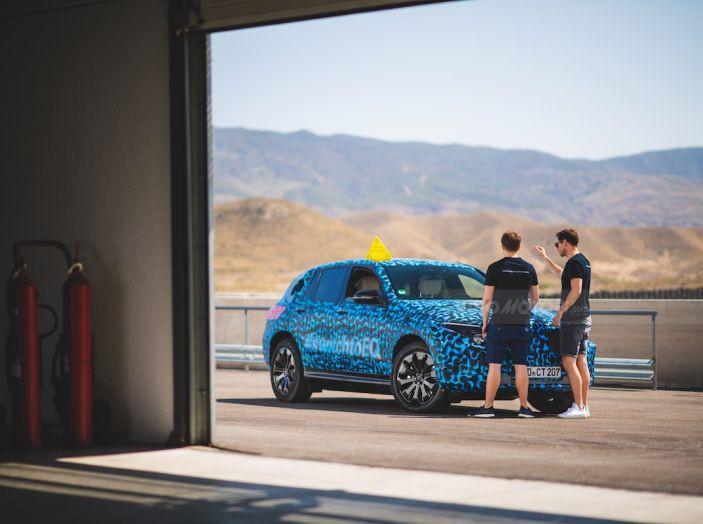 Mercedes-Benz EQC: il SUV elettrico della stella atteso il 4 settembre a Stoccarda - Foto 15 di 43