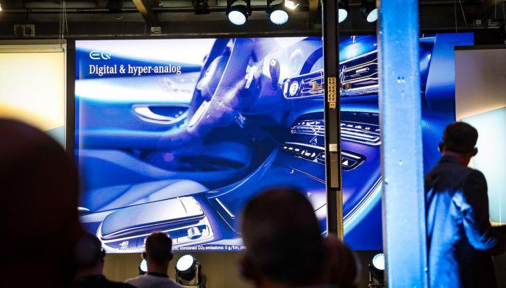 Mercedes-Benz EQC: il SUV elettrico della stella presentato a Stoccolma - Foto 6 di 59