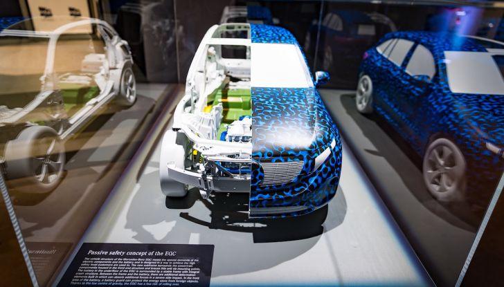 Mercedes-Benz EQC: il SUV elettrico della stella presentato a Stoccolma - Foto 12 di 59