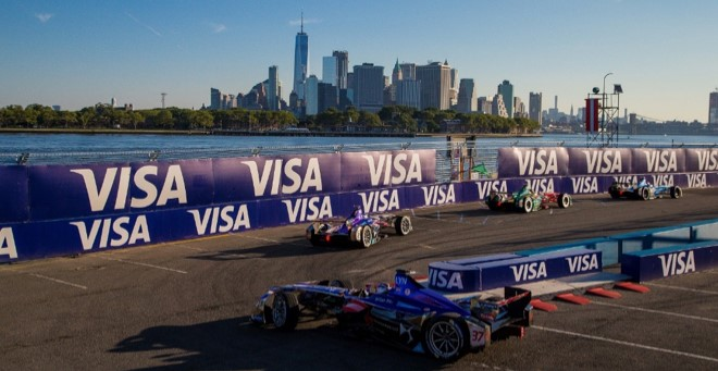 Sam Bird e DS Virgin Racing si giocano il titolo a New York - Foto 1 di 2