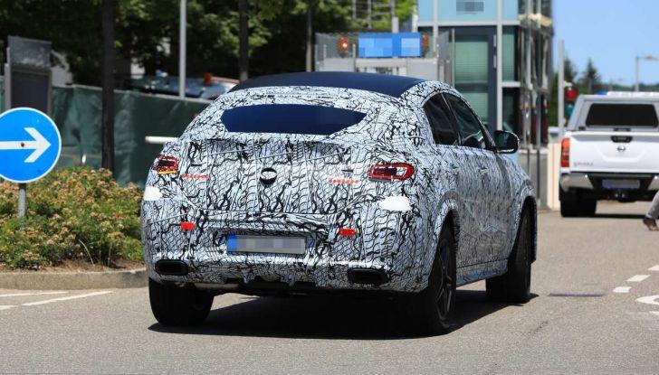 Nuova Mercedes GLE Coupè, test su strada della nuova generazione - Foto 2 di 19