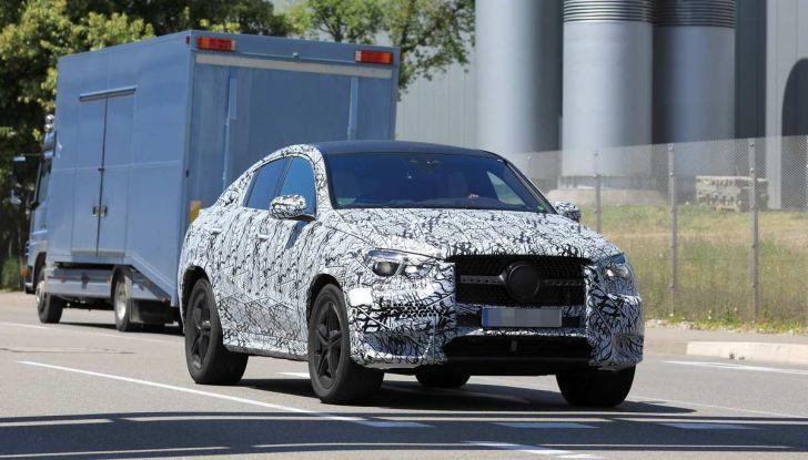 Nuova Mercedes GLE Coupè, test su strada della nuova generazione - Foto 5 di 19