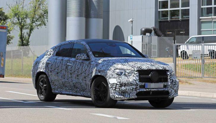 Nuova Mercedes GLE Coupè, test su strada della nuova generazione - Foto 17 di 19