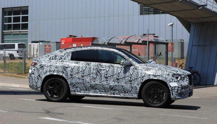 Nuova Mercedes GLE Coupè, test su strada della nuova generazione - Foto 7 di 19