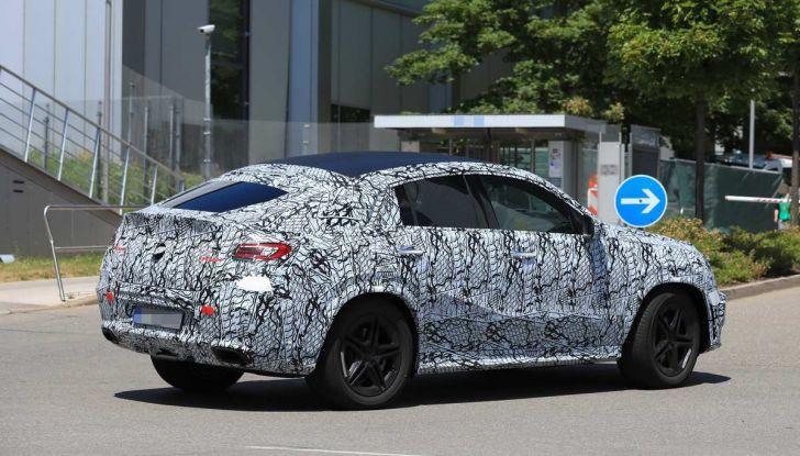 Nuova Mercedes GLE Coupè, test su strada della nuova generazione - Foto 19 di 19