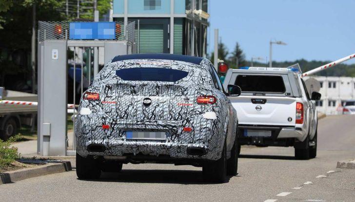 Nuova Mercedes GLE Coupè, test su strada della nuova generazione - Foto 6 di 19