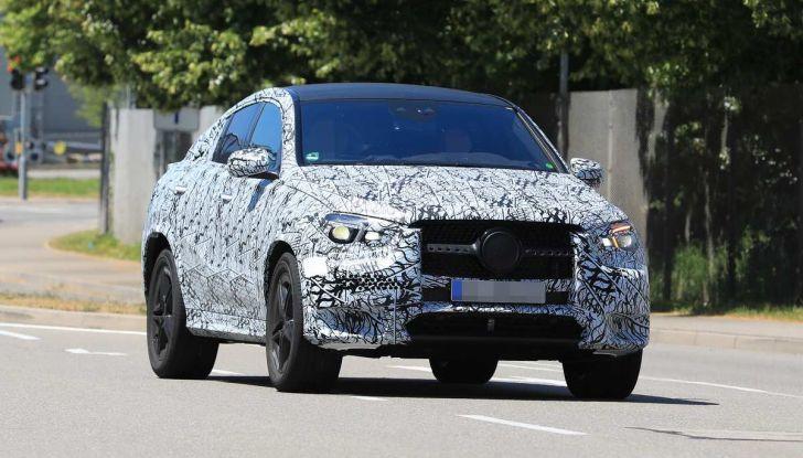 Nuova Mercedes GLE Coupè, test su strada della nuova generazione - Foto 3 di 19