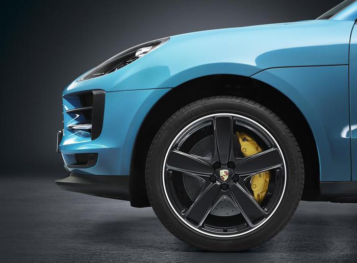Nuova Porsche Macan: tempo di restyling per il SUV tedesco - Foto 6 di 10
