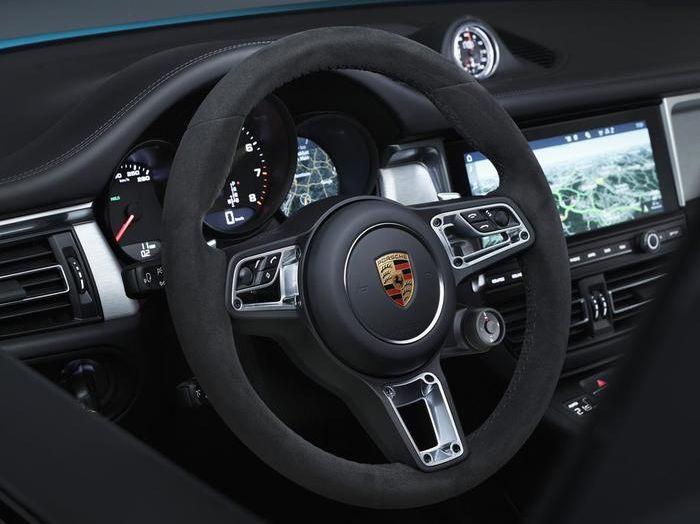 Nuova Porsche Macan: tempo di restyling per il SUV tedesco - Foto 8 di 10