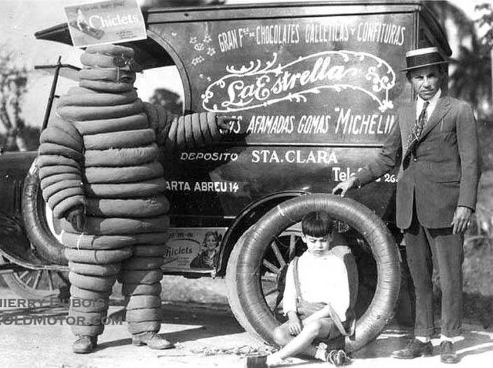 Omino Michelin, compie 120 anni l'icona degli pneumatici - Foto 4 di 9