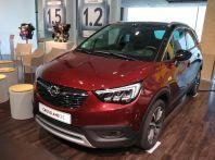 Opel Crossland X, test drive e allestimenti del crossover tedesco
