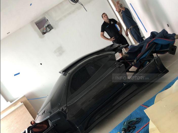 Pagani Zonda Revolucion: ottima per arredare una casa da 8 milioni a Miami - Foto 3 di 12