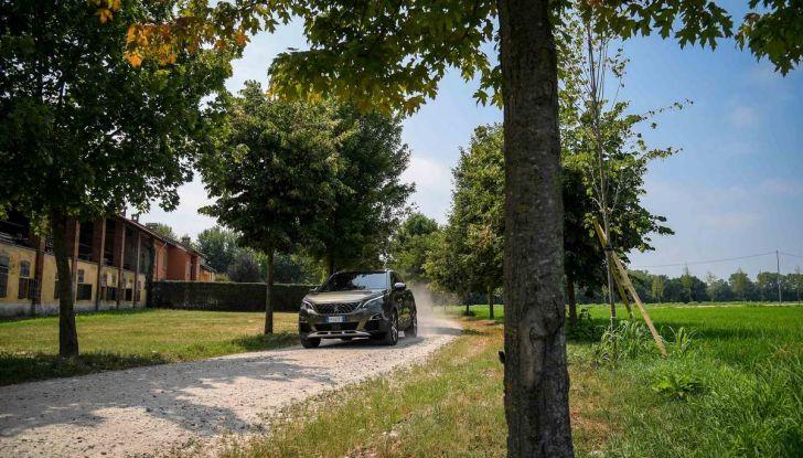Peugeot 3008 con nuovo cambio EAT8 provata su strada - Foto 23 di 30