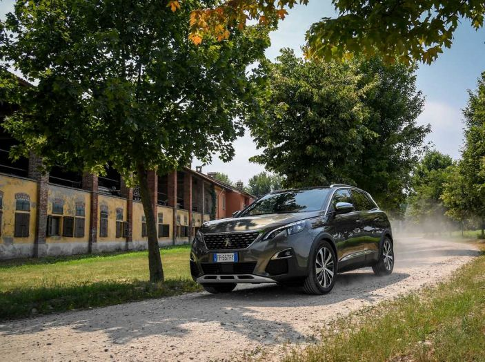 Peugeot 3008 con nuovo cambio EAT8 provata su strada - Foto 24 di 30