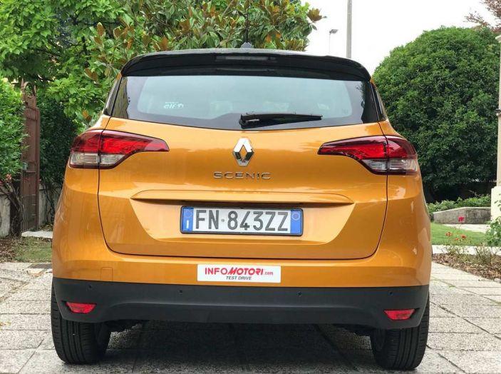 Renault Scénic 1.6 dCi da 131 CV prova su strada ed equipaggiamenti - Foto 3 di 11