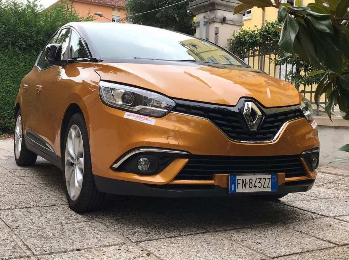 Renault Scénic 1.6 dCi da 131 CV prova su strada ed equipaggiamenti