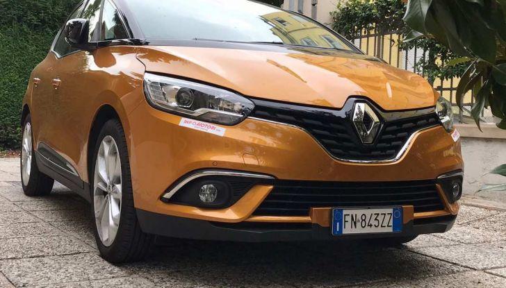 Renault Scénic 1.6 dCi da 131 CV prova su strada ed equipaggiamenti - Foto 1 di 11