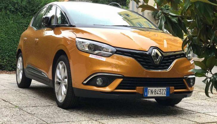 Renault Scénic 1.6 dCi da 131 CV prova su strada ed equipaggiamenti - Foto 6 di 11