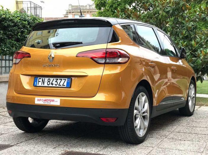 Renault Scénic 1.6 dCi da 131 CV prova su strada ed equipaggiamenti - Foto 10 di 11