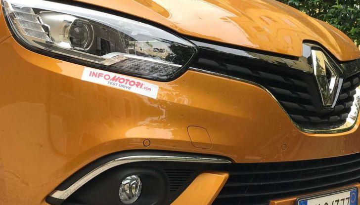 Renault Scénic 1.6 dCi da 131 CV prova su strada ed equipaggiamenti - Foto 11 di 11
