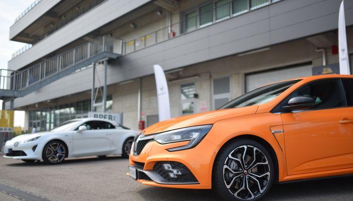 Renault Tecno 4All, in pista a Modena con la gamma 2018 - Foto 8 di 12