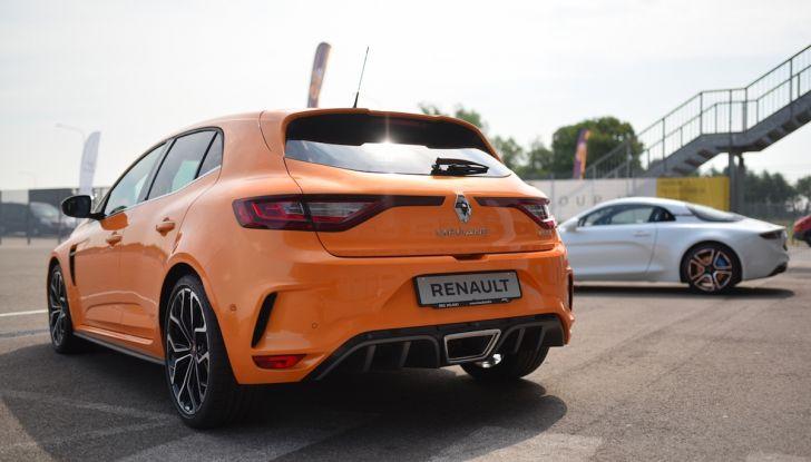 Renault Tecno 4All, in pista a Modena con la gamma 2018 - Foto 3 di 12