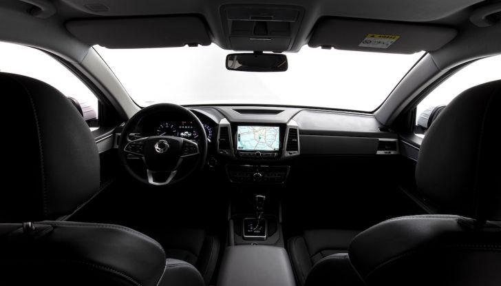 SsangYong Rexton Sports 2018: il pick-up pratico, solido e con 4WD - Foto 9 di 10