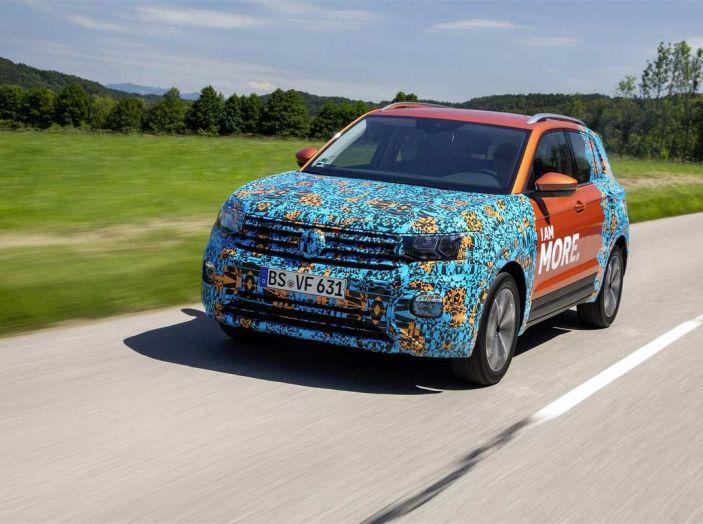 Volkswagen T-Cross 2019: il crossover entry-level su base Polo - Foto 3 di 10
