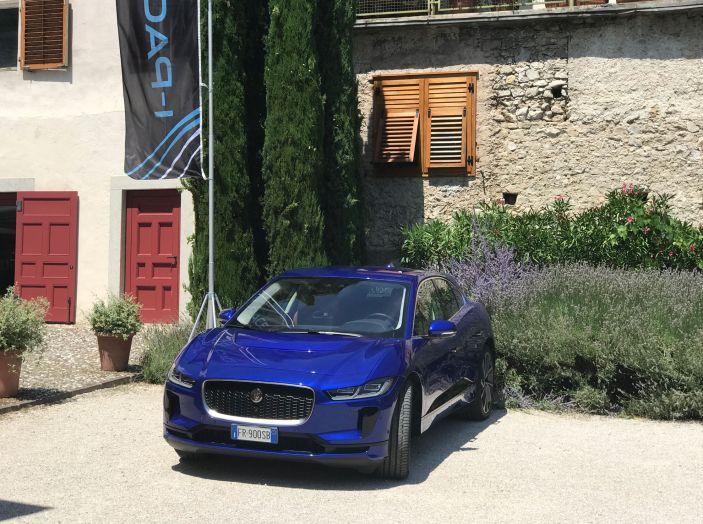 Jaguar I-PACE prova su strada, prestazioni, autonomia e ricarica - Foto 15 di 29