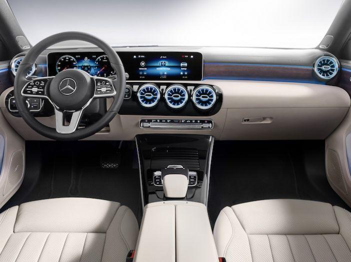 Nuova Mercedes Classe A Berlina 2018: Informazioni, motori e caratteristiche - Foto 10 di 37