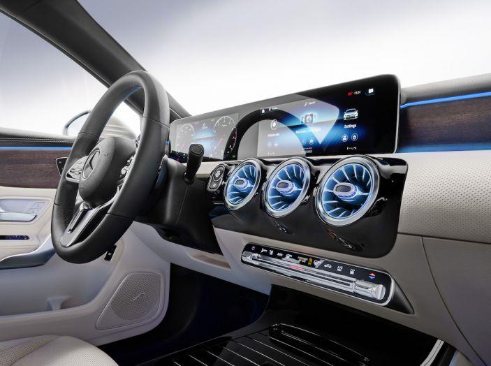 Nuova Mercedes Classe A Berlina 2018: Informazioni, motori e caratteristiche - Foto 28 di 37