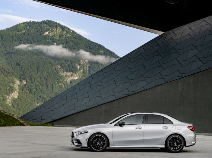 Nuova Mercedes Classe A Berlina 2018: Informazioni, motori e caratteristiche - Foto 8 di 37