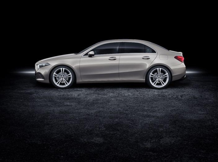 Nuova Mercedes Classe A Berlina 2018: Informazioni, motori e caratteristiche - Foto 23 di 37