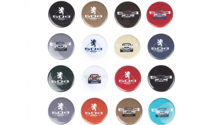 """Peugeot presenta la collezione lifestyle """"504 Legend"""" - Foto 4 di 5"""