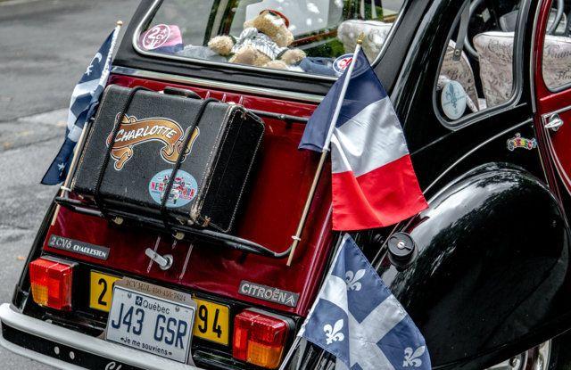 Citroën 2CV: tante feste per i suoi settant'anni - Foto 12 di 13