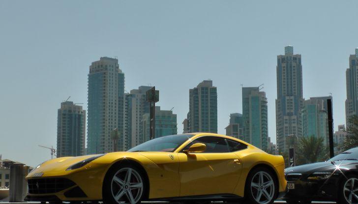 Dubai, noleggia una Lamborghini Huracán e prende 40 mila euro di multa in 3 ore - Foto 3 di 17