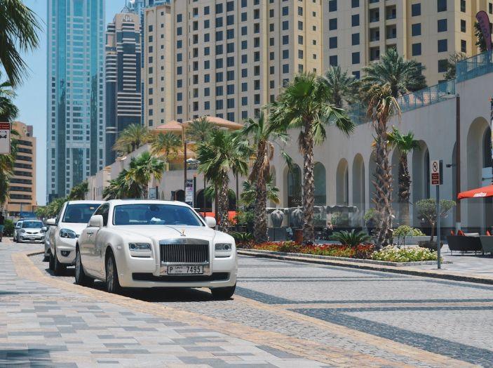 Dubai, noleggia una Lamborghini Huracán e prende 40 mila euro di multa in 3 ore - Foto 11 di 17